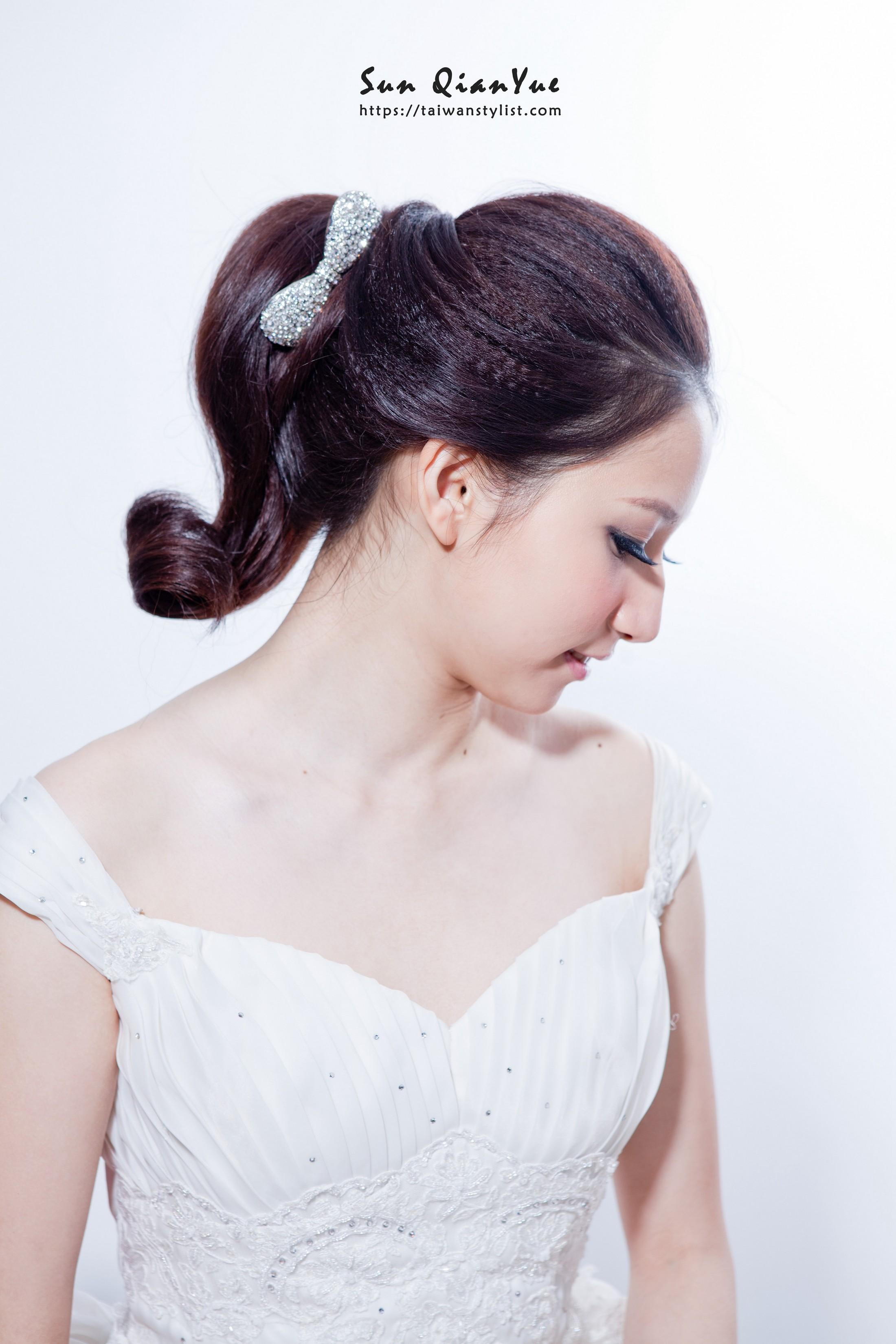 俏皮小馬尾造型,新娘秘書妝髮造型推薦